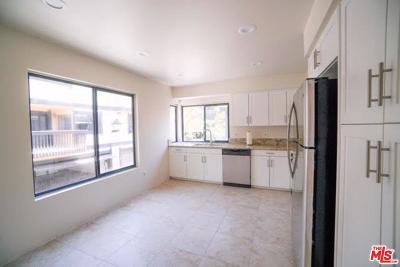 Condo/Townhouse For Sale: 4906 Tara Terrace
