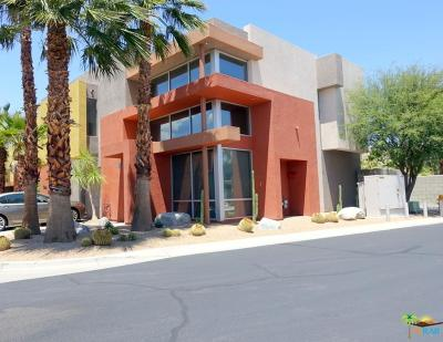 Palm Springs Condo/Townhouse For Sale: 312 Breeze Loop