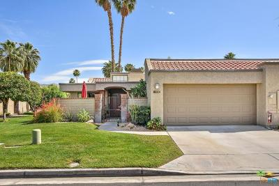 Palm Springs Condo/Townhouse For Sale: 7431 Paseo Azulejo