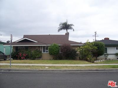 Los Angeles Single Family Home For Sale: 1628 West 127th Street