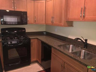 Cathedral City Condo/Townhouse For Sale: 68283 Calle Cordoba