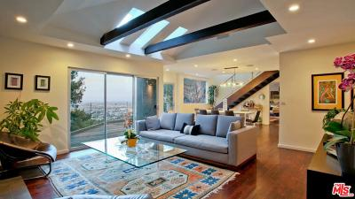 Single Family Home For Sale: 8530 Franklin Avenue