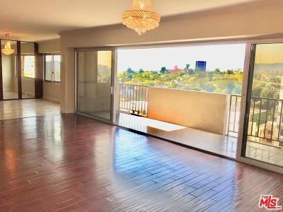 Los Angeles CA Condo/Townhouse For Sale: $1,090,000