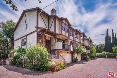 Encino Condo/Townhouse For Sale: 15610 Moorpark Street #1