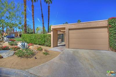 Palm Desert Condo/Townhouse For Sale: 48895 Mariposa Drive