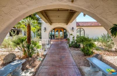 Desert Hot Springs Condo/Townhouse For Sale: 9647 Spyglass Avenue #28