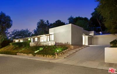Beverly Hills Single Family Home For Sale: 1027 Cove Way