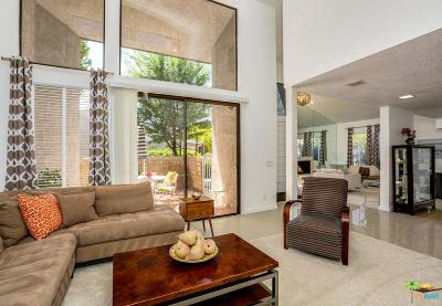 Palm Springs Condo/Townhouse For Sale: 201 East La Verne Way