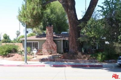 Woodland Hills Single Family Home For Sale: 22659 Burbank
