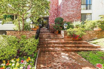 Beverly Hills Condo/Townhouse Sold: 429 North Oakhurst Drive #201