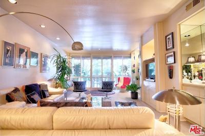 Encino Condo/Townhouse For Sale: 5216 Yarmouth Avenue #107
