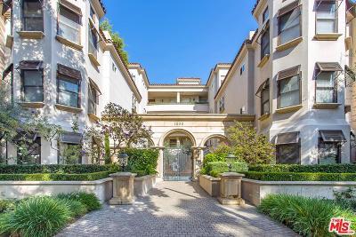 Los Angeles County Condo/Townhouse For Sale: 1658 Camden Avenue #307