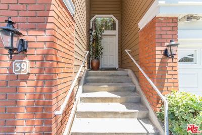 Woodland Hills Condo/Townhouse For Sale: 20950 Oxnard Street #39