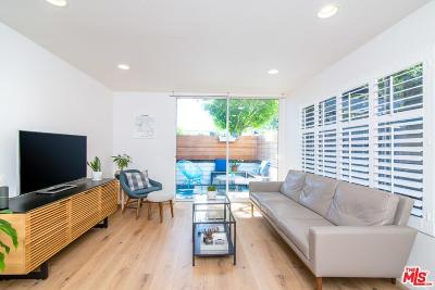 Santa Monica CA Condo/Townhouse For Sale: $899,000