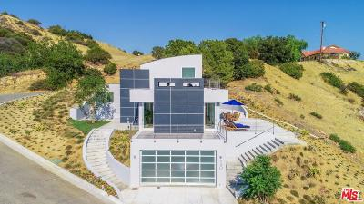 Malibu CA Single Family Home For Sale: $2,440,000
