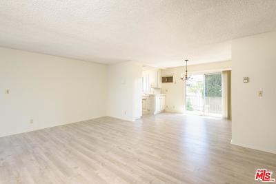 Los Angeles County Condo/Townhouse For Sale: 1632 Camden Avenue #303