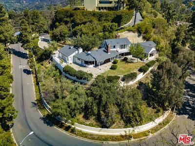 Single Family Home For Sale: 1260 Lago Vista Drive