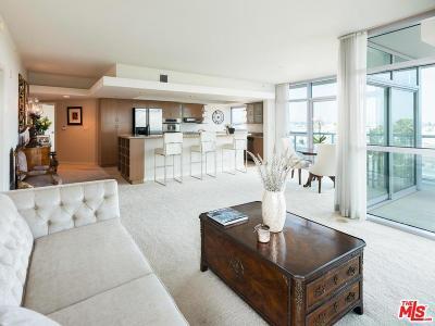 Condo/Townhouse For Sale: 13700 Marina Pointe Drive #724