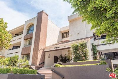 Woodland Hills Condo/Townhouse For Sale: 21650 Burbank #114