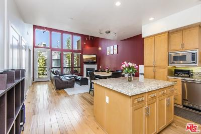 Condo/Townhouse For Sale: 4050 Glencoe Avenue #404