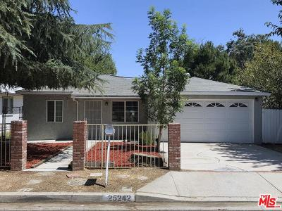 Newhall Single Family Home For Sale: 25242 Atwood