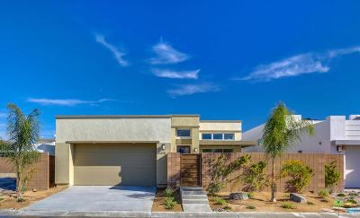 Palm Springs Single Family Home For Sale: 1176 Cyan Lane
