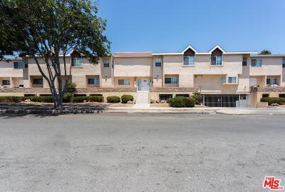 Los Angeles County Condo/Townhouse For Sale: 4315 West 145th Street #16