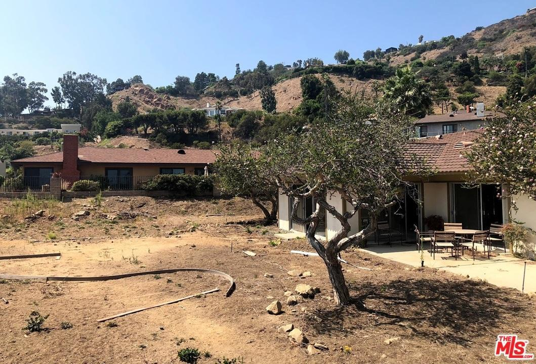 Listing 20494 royal stone drive malibu ca mls 18377594 listing 20494 royal stone drive malibu ca mls 18377594 christine rodgerson 310 617 6699 christine with coldwell banker is your premier real thecheapjerseys Image collections