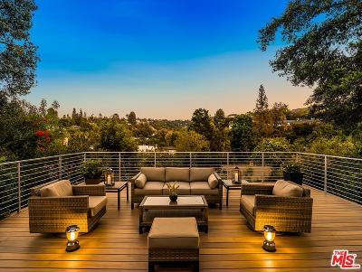 Encino Single Family Home For Sale: 16810 Mooncrest Drive