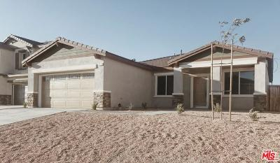 Rosamond Single Family Home For Sale: 3711 Half Dome Avenue