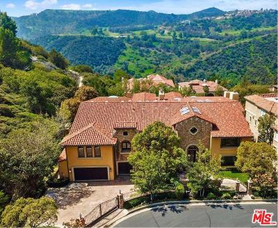 Los Angeles Single Family Home For Sale: 2147 Ravensfield Lane