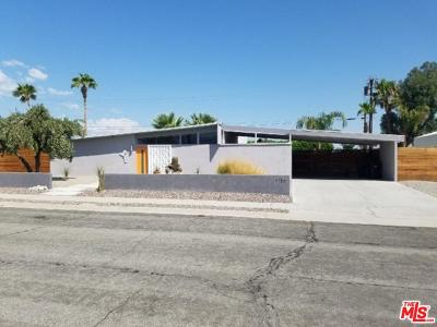 Palm Springs Single Family Home For Sale: 1150 East Adobe Way