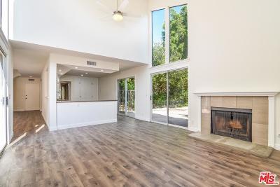 Thousand Oaks Condo/Townhouse For Sale: 3132 Boxwood Circle