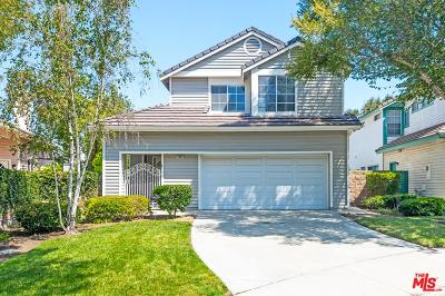 Moorpark Single Family Home For Sale: 11985 Honeybrook Court