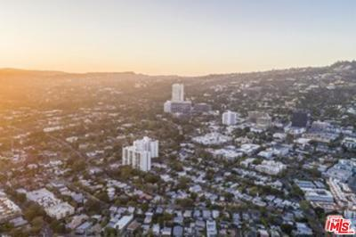West Hollywood Condo/Townhouse For Sale: 818 North Doheny Drive #602