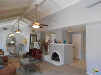 Palm Springs Condo/Townhouse For Sale: 2271 Miramonte Circle #A