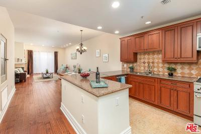 Toluca Lake Condo/Townhouse For Sale: 10862 Bloomfield Street #106