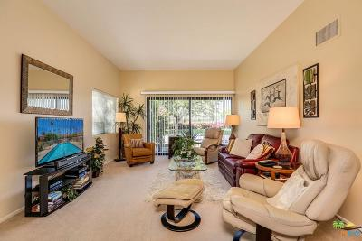 Palm Springs Condo/Townhouse For Sale: 2404 Los Coyotes Drive