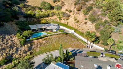 Los Angeles County Single Family Home For Sale: 1820 Rising Glen Road