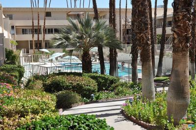 Palm Springs Condo/Townhouse For Sale: 277 East Alejo Road #223