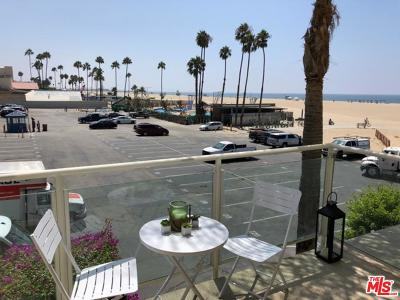 Santa Monica Condo/Townhouse Sold: 723 Palisades Beach Road #103