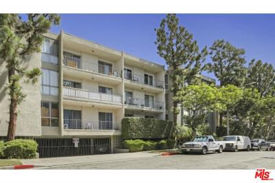 Los Angeles County Condo/Townhouse For Sale: 5625 Windsor Way #314