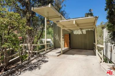Single Family Home For Sale: 8874 Lookout Mountain Avenue