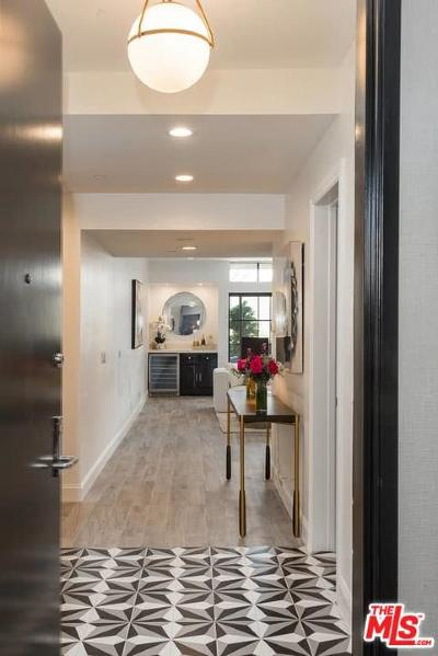 Beverly Hills Condo/Townhouse For Sale: 235 South Reeves Drive #101