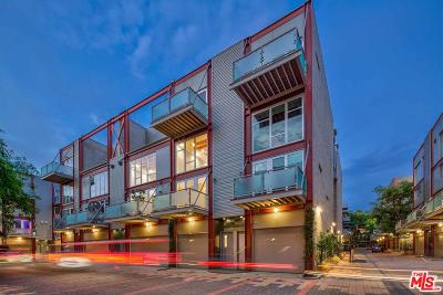 Condo/Townhouse For Sale: 3450 West Cahuenga Boulevard #705