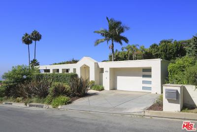 Single Family Home For Sale: 1733 North Doheny Drive