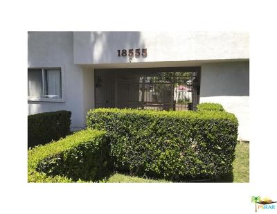 Tarzana Condo/Townhouse For Sale: 18555 Collins Street #C8