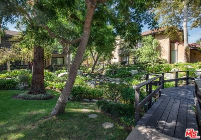 Woodland Hills Condo/Townhouse For Sale: 21900 Marylee Street #295
