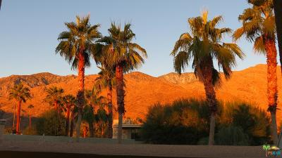 Palm Springs Condo/Townhouse For Sale: 840 East Palm Canyon Drive #201