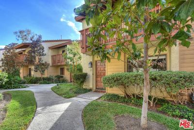 Woodland Hills Rental For Rent: 5760 Owensmouth Avenue #22